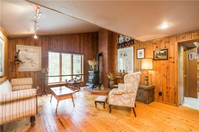 Detached at 12622 Mill Rd, King, Ontario. Image 20