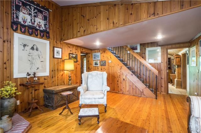 Detached at 12622 Mill Rd, King, Ontario. Image 2
