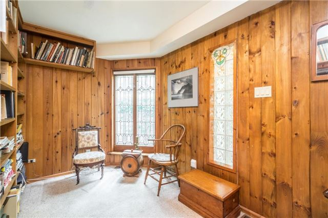 Detached at 12622 Mill Rd, King, Ontario. Image 3