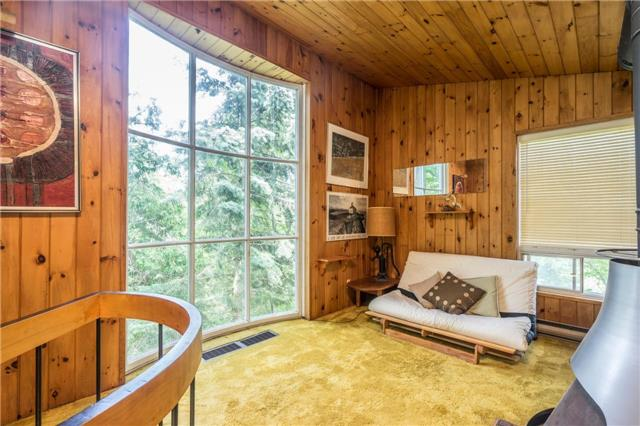 Detached at 12622 Mill Rd, King, Ontario. Image 8