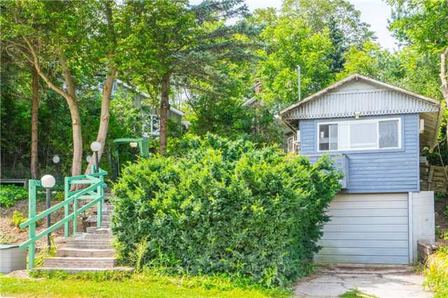 Detached at 12622 Mill Rd, King, Ontario. Image 10