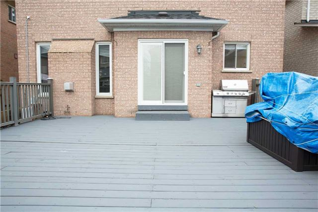 Detached at 223 Montebello Ave, Vaughan, Ontario. Image 7