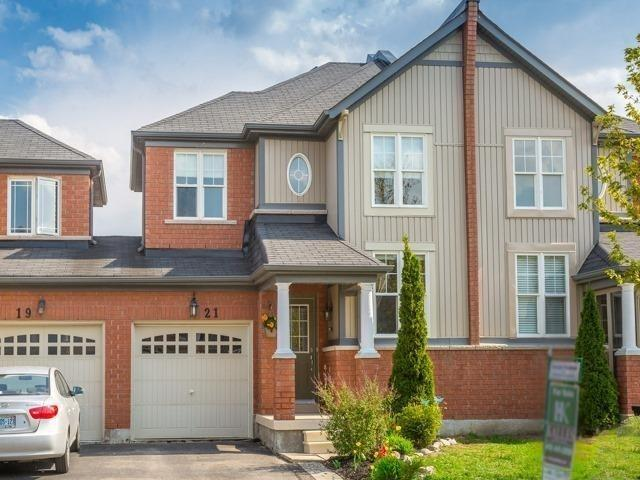 Townhouse at 21 Brumstead Dr, Richmond Hill, Ontario. Image 1