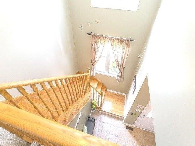 Townhouse at 21 Brumstead Dr, Richmond Hill, Ontario. Image 2