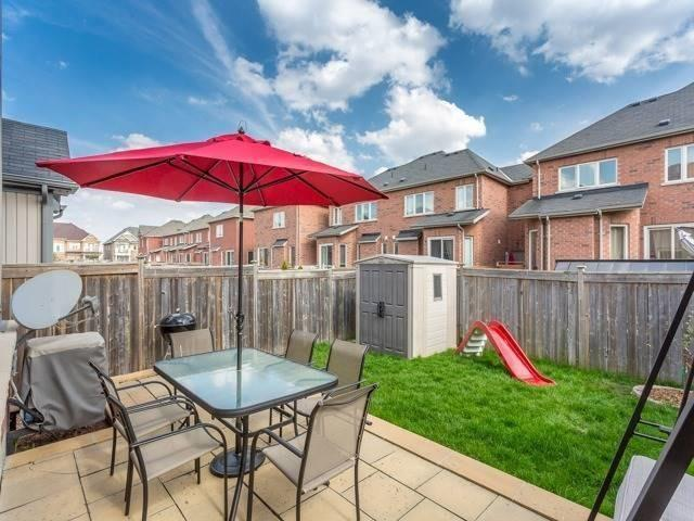 Townhouse at 21 Brumstead Dr, Richmond Hill, Ontario. Image 9