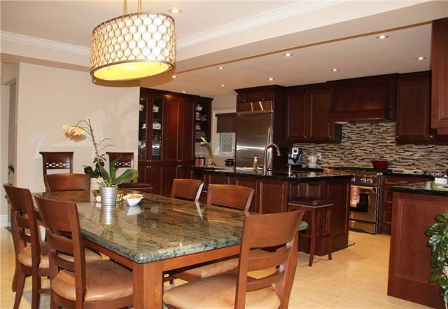 Detached at 47 Dolores Cres, Vaughan, Ontario. Image 13