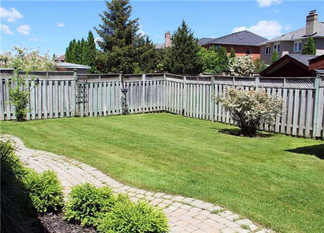 Detached at 47 Dolores Cres, Vaughan, Ontario. Image 10