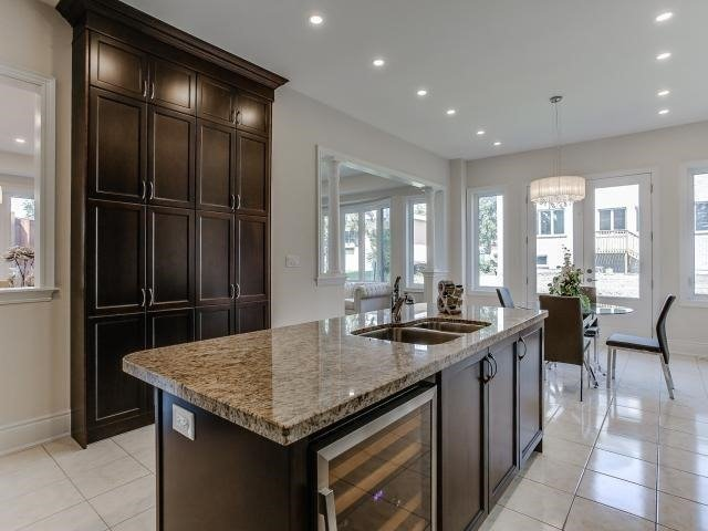 Detached at 78 Marbrook St, Richmond Hill, Ontario. Image 18