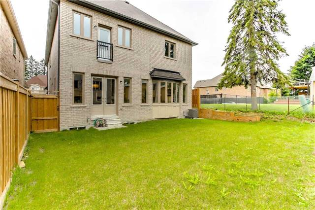 Detached at 78 Marbrook St, Richmond Hill, Ontario. Image 11