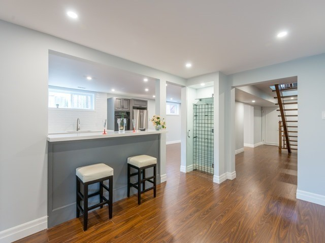 Detached at 117 Birch Ave, Richmond Hill, Ontario. Image 5