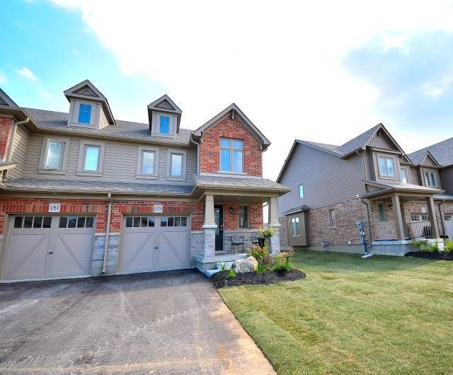 Townhouse at 179 Hutchinson Dr, New Tecumseth, Ontario. Image 12