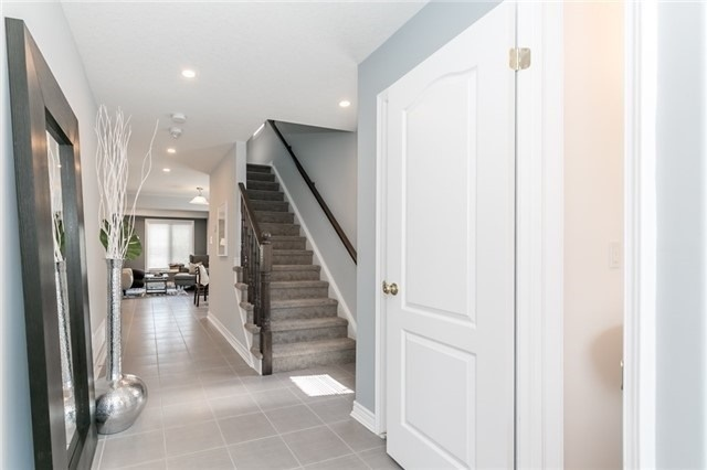 Townhouse at 179 Hutchinson Dr, New Tecumseth, Ontario. Image 13
