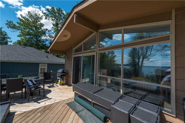 Detached at 1389 Maple Rd, Innisfil, Ontario. Image 1