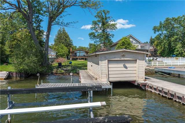 Detached at 1389 Maple Rd, Innisfil, Ontario. Image 19