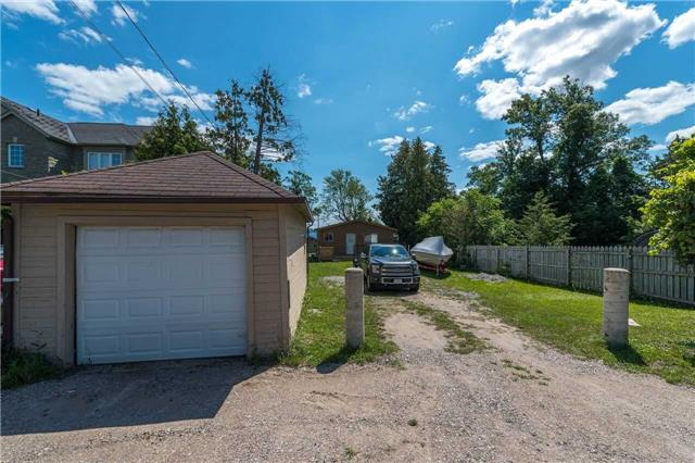 Detached at 1389 Maple Rd, Innisfil, Ontario. Image 2