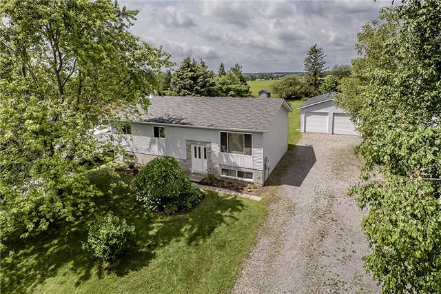 Detached at 2652 Lawrence Ave, Innisfil, Ontario. Image 1