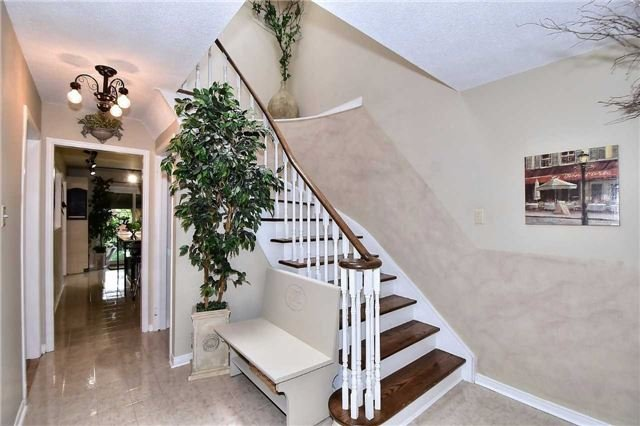 Detached at 288 Tall Grass Tr, Vaughan, Ontario. Image 15