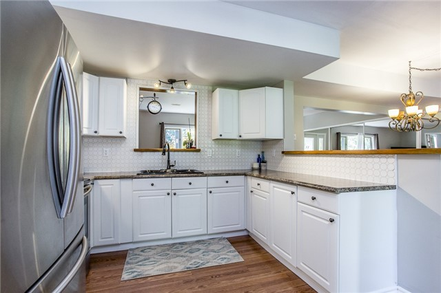 Detached at 856 Blackwoods Ave, Innisfil, Ontario. Image 3