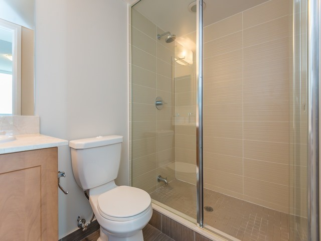 Condo Apartment at 372 Highway 7 E, Unit 312, Richmond Hill, Ontario. Image 4