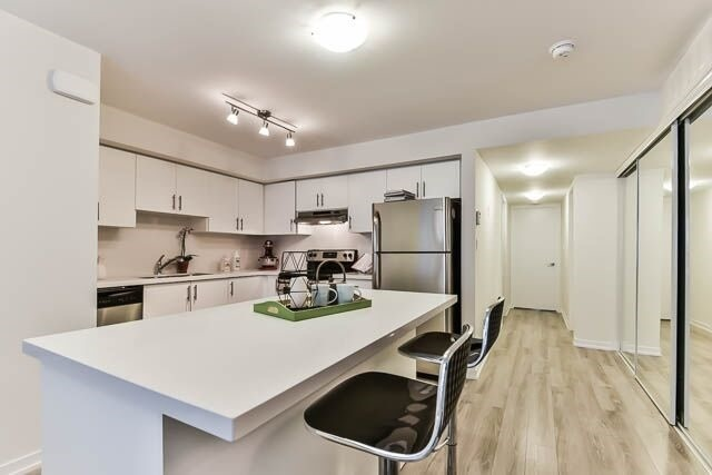 Condo Townhouse at 26 Bruce St, Unit A-18, Vaughan, Ontario. Image 6