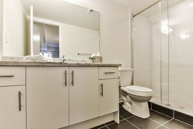 Condo Townhouse at 26 Bruce St, Unit A-18, Vaughan, Ontario. Image 10