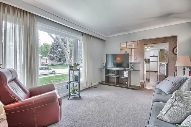 Detached at 170 Hawthorn Ave, Whitchurch-Stouffville, Ontario. Image 16