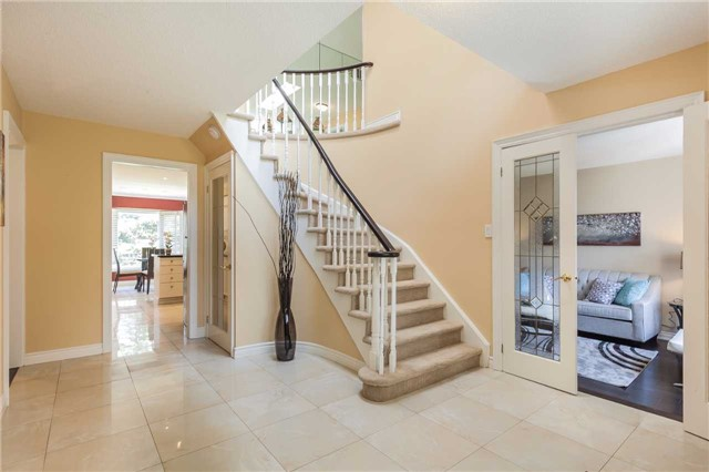 Detached at 3 Arthur Hall Dr, East Gwillimbury, Ontario. Image 14