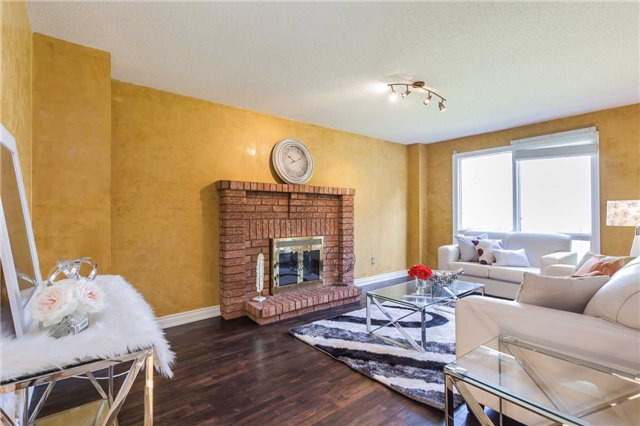 Detached at 3 Arthur Hall Dr, East Gwillimbury, Ontario. Image 19
