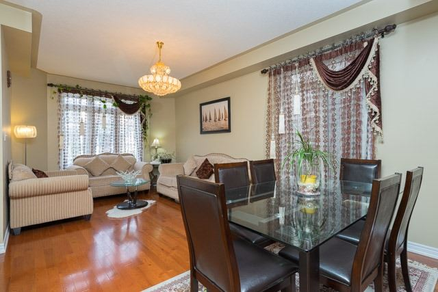 Detached at 11 Innisvale Dr, Markham, Ontario. Image 12