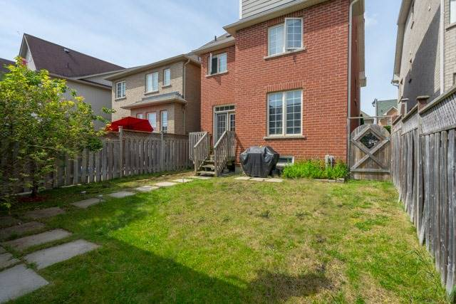 Detached at 11 Innisvale Dr, Markham, Ontario. Image 11