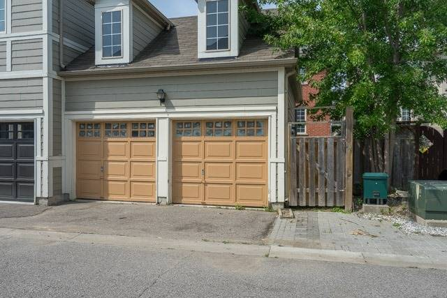 Detached at 11 Innisvale Dr, Markham, Ontario. Image 13
