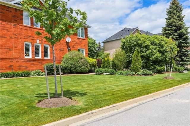 Detached at 693 Foxcroft Blvd, Newmarket, Ontario. Image 11