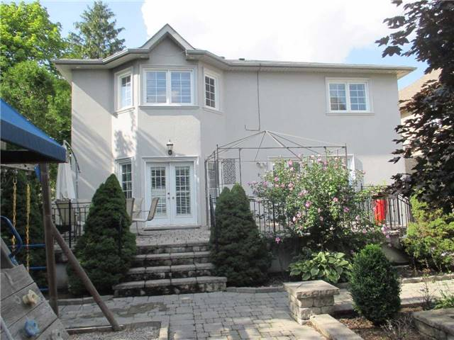 Detached at 11 Stancroft Dr, Richmond Hill, Ontario. Image 15
