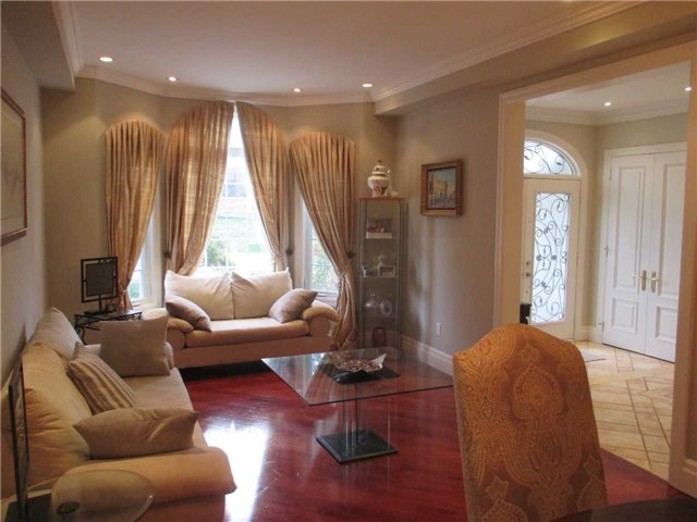 Detached at 11 Stancroft Dr, Richmond Hill, Ontario. Image 20