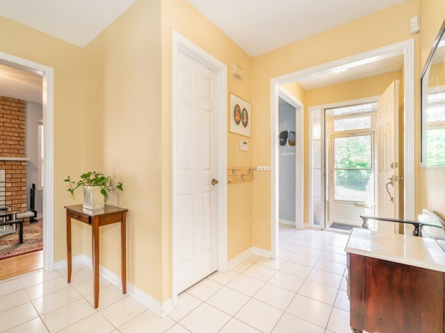 Detached at 132 Summitcrest Dr, Richmond Hill, Ontario. Image 12
