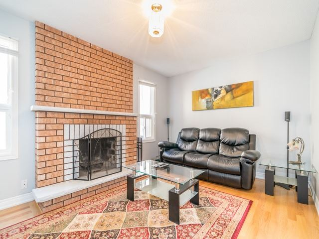 Detached at 132 Summitcrest Dr, Richmond Hill, Ontario. Image 14