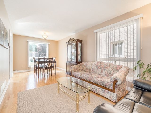 Detached at 132 Summitcrest Dr, Richmond Hill, Ontario. Image 16