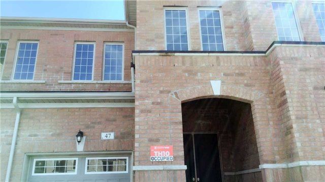 Townhouse at 47 Capreol Ave, Aurora, Ontario. Image 1