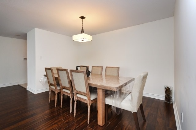 Condo Apartment at 8501 Bayview Ave, Unit 312, Richmond Hill, Ontario. Image 16