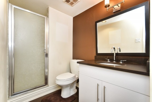 Condo Apartment at 8501 Bayview Ave, Unit 312, Richmond Hill, Ontario. Image 4