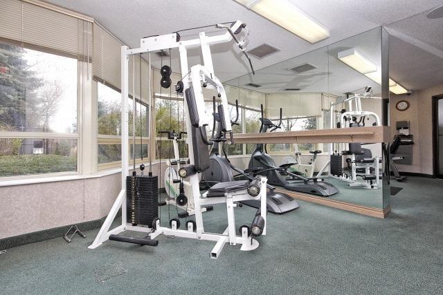 Condo Apartment at 8501 Bayview Ave, Unit 312, Richmond Hill, Ontario. Image 13