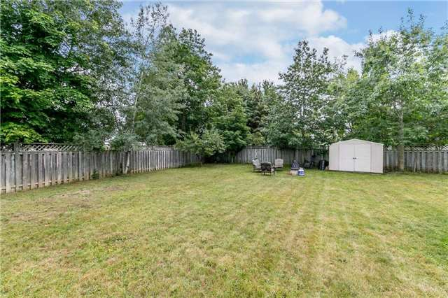 Detached at 30  Julie St, Essa, Ontario. Image 11