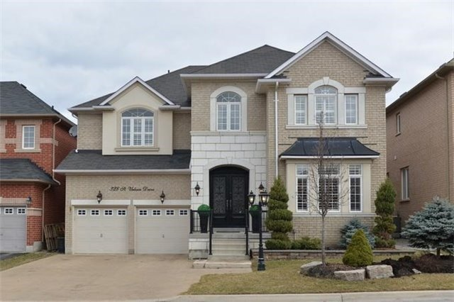 Detached at 328 St Urbain Dr, Vaughan, Ontario. Image 1