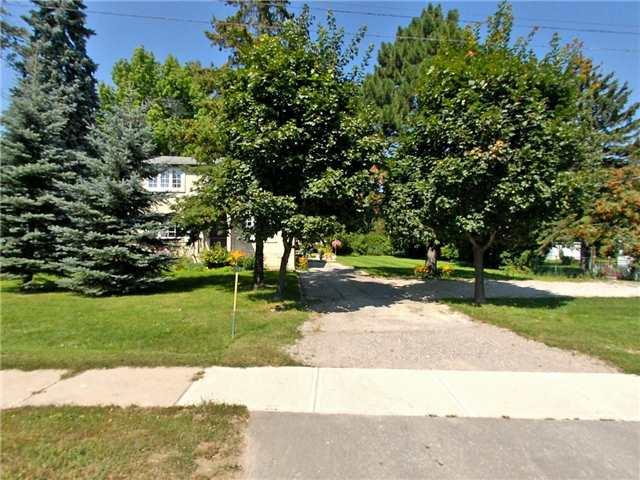 Detached at 2390 King Rd, King, Ontario. Image 1