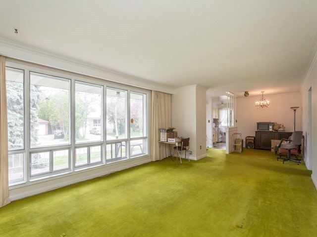 Detached at 446 Bent Cres, Richmond Hill, Ontario. Image 6