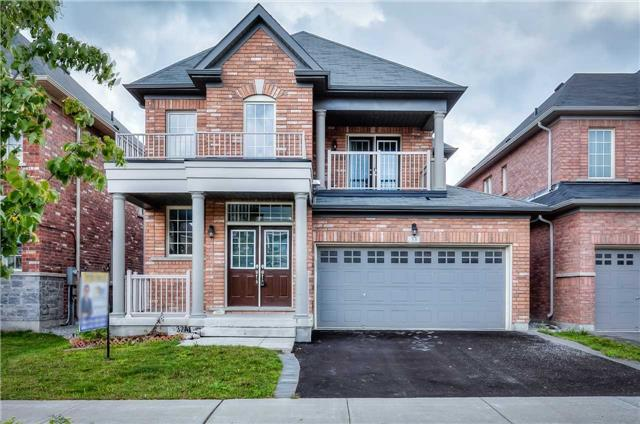 Detached at 33 Beacon Point St, Markham, Ontario. Image 1