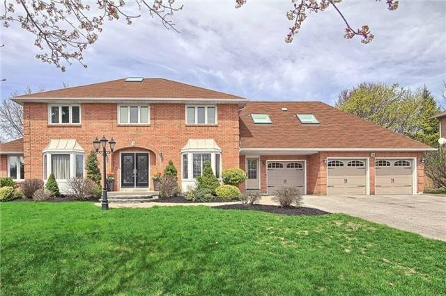 Detached at 56 Arthur Hall Dr, East Gwillimbury, Ontario. Image 1