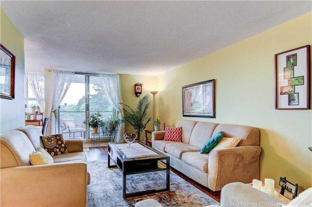 Condo Apartment at 80 Inverlochy Blvd, Unit 501, Markham, Ontario. Image 1