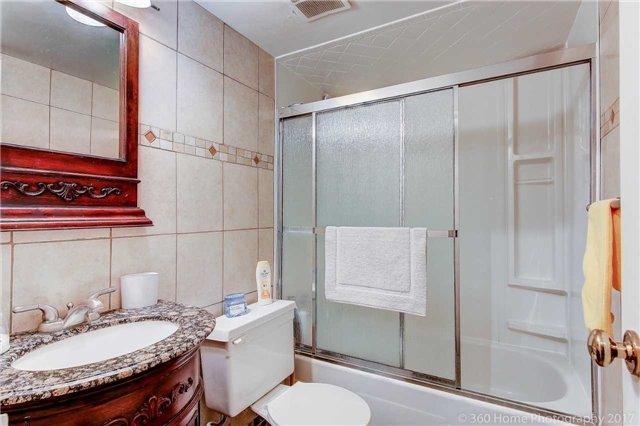 Condo Apartment at 80 Inverlochy Blvd, Unit 501, Markham, Ontario. Image 18