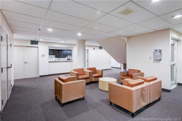 Condo Apartment at 80 Inverlochy Blvd, Unit 501, Markham, Ontario. Image 9
